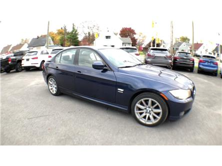 2011 BMW 328i xDrive (Stk: 821798) in Ottawa - Image 2 of 24
