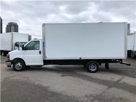 2018 GMC Savana 3500 Used 2018 GMC Savana Cube Van 16' (Stk: STN003847T) in Toronto - Image 2 of 30