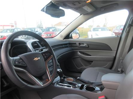 2015 Chevrolet Malibu 1LT (Stk: 9768) in Okotoks - Image 2 of 25