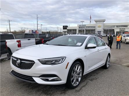 2019 Buick Regal Sportback Avenir (Stk: K1012286) in Calgary - Image 1 of 17