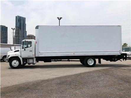2017 Hino 338 Used 2017 Hino 338 W/26' Body & Tailgate loader (Stk: STS13069T) in Toronto - Image 2 of 19