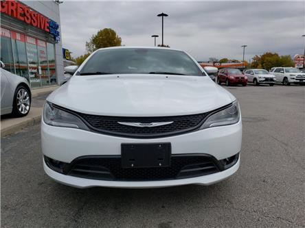 2015 Chrysler 200 S (Stk: FN705756) in Sarnia - Image 2 of 19