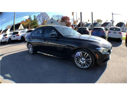 2016 BMW 340i xDrive (Stk: 702924) in Ottawa - Image 2 of 26