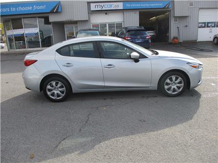 2018 Mazda Mazda3 GX (Stk: 191600) in Kingston - Image 2 of 13