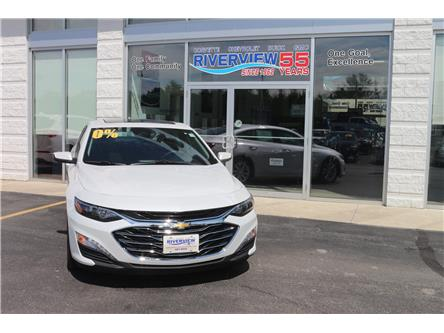 2019 Chevrolet Malibu LT (Stk: 19128) in WALLACEBURG - Image 2 of 6