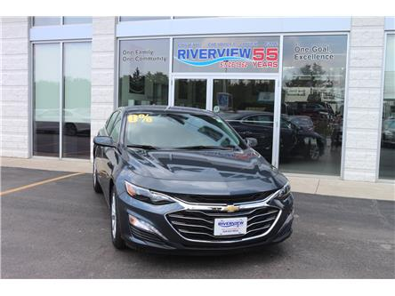 2019 Chevrolet Malibu LT (Stk: 19221) in WALLACEBURG - Image 2 of 5