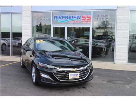 2019 Chevrolet Malibu LT (Stk: 19225) in WALLACEBURG - Image 2 of 6