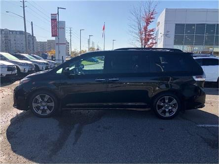 2018 Toyota Sienna SE (Stk: u2942) in Vaughan - Image 2 of 20