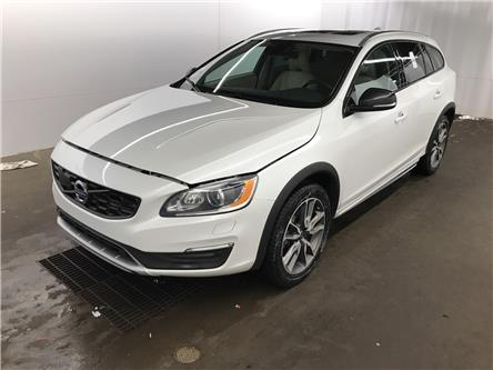 2017 Volvo V60 Cross Country T5 Premier (Stk: 027893) in Ottawa - Image 1 of 3