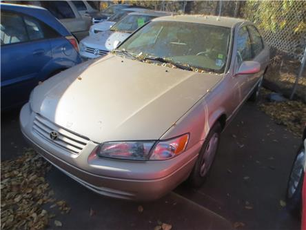 1998 Toyota Camry CE V6 (Stk: ) in Kamloops - Image 1 of 8