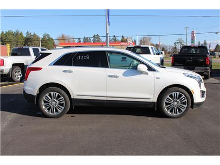 2017 Cadillac XT5 Premium Luxury (Stk: 11308) in Sault Ste. Marie - Image 2 of 30