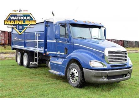 2009 Freightliner Columbia Grain truck  (Stk: M7504) in Watrous - Image 1 of 24