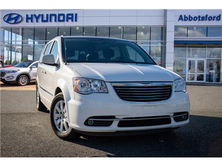 2013 Chrysler Town & Country Touring (Stk: LP034649A) in Abbotsford - Image 1 of 21