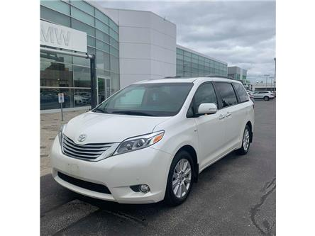 2017 Toyota Sienna XLE 7 Passenger (Stk: T709811A) in Oakville - Image 1 of 10