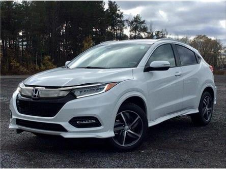 2019 Honda HR-V Touring (Stk: 19-0922) in Ottawa - Image 1 of 25