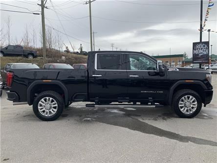 2020 GMC Sierra 2500HD Denali (Stk: 20-003) in Hinton - Image 2 of 22