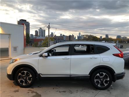 2019 Honda CR-V Touring (Stk: V191557A) in Toronto - Image 2 of 29