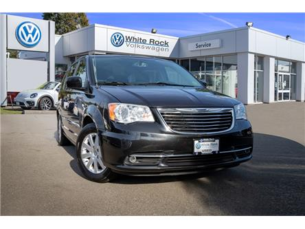 2013 Chrysler Town & Country Touring (Stk: VW0940B) in Vancouver - Image 1 of 23