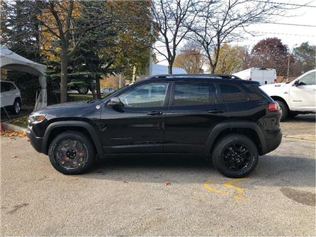 2020 Jeep Cherokee Trailhawk (Stk: 204027) in Toronto - Image 2 of 18