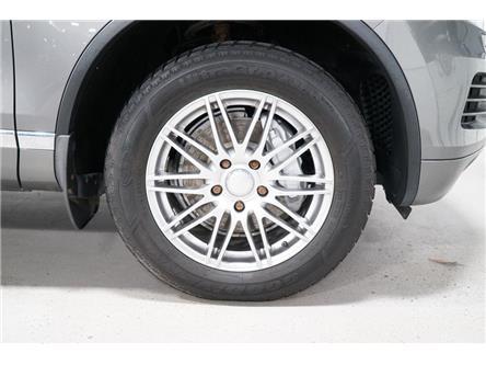 2012 Volkswagen Touareg  (Stk: 011231) in Vaughan - Image 2 of 28