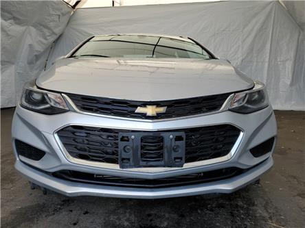 2018 Chevrolet Cruze LT Auto (Stk: IU1668R) in Thunder Bay - Image 2 of 16