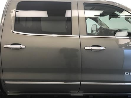 2017 GMC Sierra 2500HD Denali (Stk: 183769) in Lethbridge - Image 2 of 30