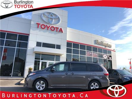 2020 Toyota Sienna LE 8-Passenger (Stk: U10873) in Burlington - Image 1 of 19