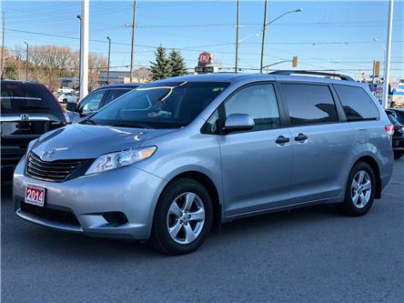 2014 Toyota Sienna 7 Passenger (Stk: W4652A) in Cobourg - Image 1 of 16
