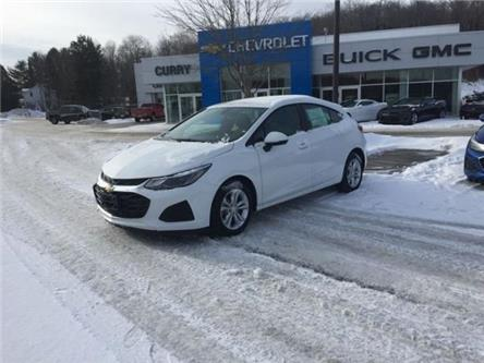 2019 Chevrolet Cruze LT (Stk: 19088) in Haliburton - Image 1 of 3