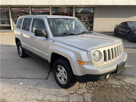 2013 Jeep Patriot 4WD SPORT | CRUISE | AUX | RARE MANUAL TRANS (Stk: P12752) in Oakville - Image 2 of 18