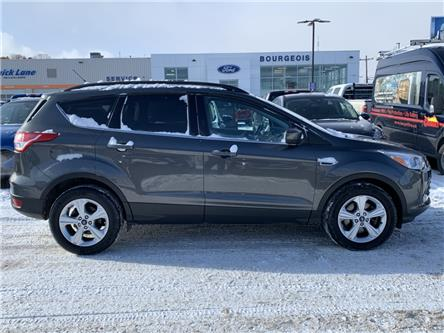 2016 Ford Escape SE (Stk: 19T926A) in Midland - Image 2 of 15