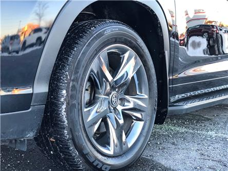 2018 Toyota Highlander Limited (Stk: W4908A) in Cobourg - Image 2 of 28