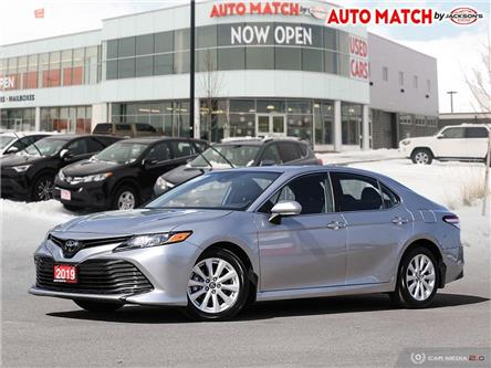 2019 Toyota Camry  (Stk: U4633) in Barrie - Image 1 of 27