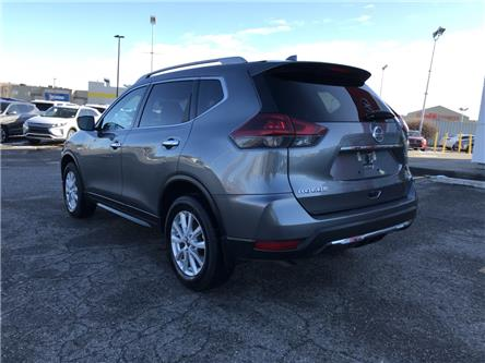 2018 Nissan Rogue SV (Stk: P0433) in Calgary - Image 2 of 22