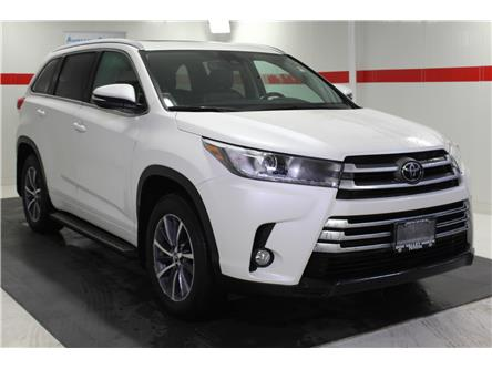 2018 Toyota Highlander XLE (Stk: 299744S) in Markham - Image 2 of 27