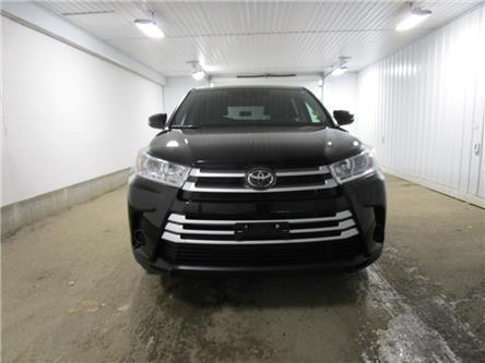 2019 Toyota Highlander LE (Stk: F171061) in Regina - Image 2 of 33