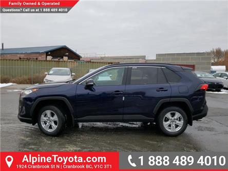 2020 Toyota RAV4 XLE (Stk: W085302) in Cranbrook - Image 2 of 25