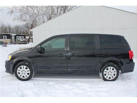 2016 Dodge Grand Caravan SE/SXT (Stk: 20068-1) in Petawawa - Image 2 of 17