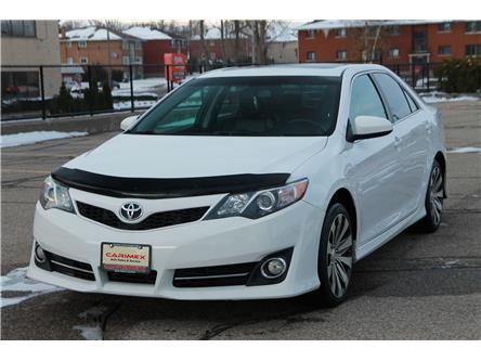 2013 Toyota Camry SE (Stk: 1911533) in Waterloo - Image 1 of 28