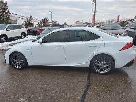 2018 Lexus IS 300 Base (Stk: 326657A) in Mississauga - Image 2 of 22