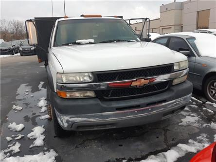 2001 Chevrolet Silverado 3500 Chassis  (Stk: 85798A) in Burlington - Image 2 of 8