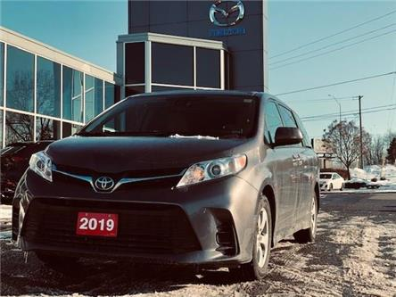 2019 Toyota Sienna LE 8-Passenger (Stk: M2719) in Gloucester - Image 1 of 14