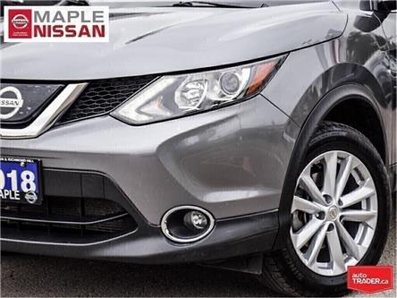 2018 Nissan Qashqai SV AWD|Moonroof|Remote Starter|Rear Camera (Stk: UM1660) in Maple - Image 2 of 26