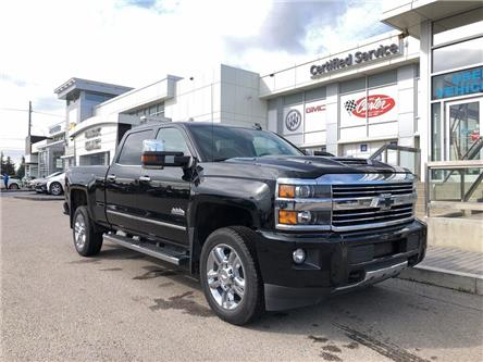 2017 Chevrolet Silverado 2500HD High Country (Stk: 48641K) in Calgary - Image 1 of 25
