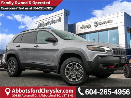 2020 Jeep Cherokee Trailhawk (Stk: L550917) in Abbotsford - Image 1 of 26