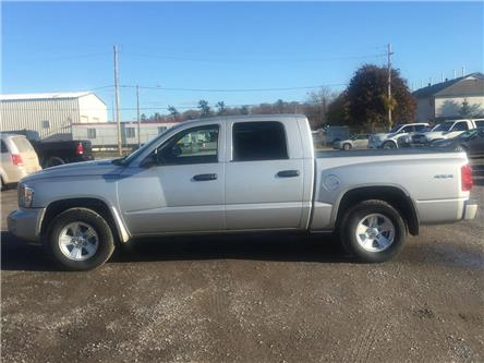 2011 Dodge Dakota SXT (Stk: 1911520) in Waterloo - Image 2 of 5