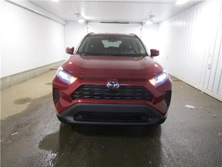 2020 Toyota RAV4 LE (Stk: 203070) in Regina - Image 2 of 24