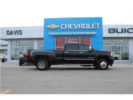 2017 GMC Sierra 3500HD Denali (Stk: 184141) in Claresholm - Image 2 of 25