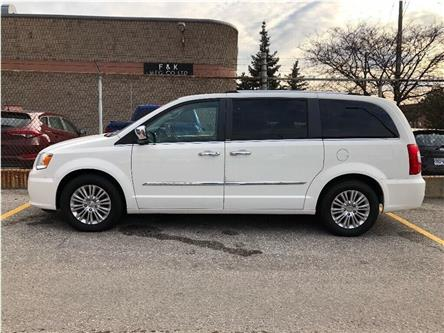 2013 Chrysler Town & Country Limited (Stk: SF100) in North York - Image 2 of 25