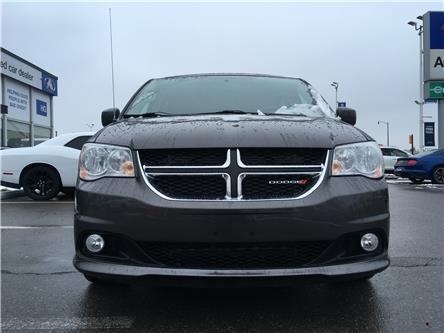 2017 Dodge Grand Caravan Crew (Stk: 17-90594) in Brampton - Image 2 of 24